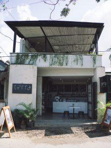 Nagaindo land for sale investment property Kuta Lombok surf yoga villa vegan gluten free